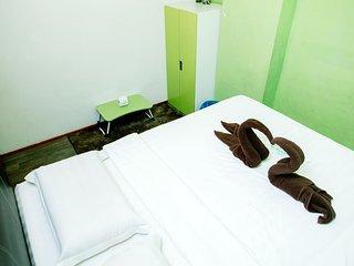 Borneo Venture Hostel (Standard Queen Room)