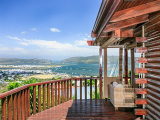 Knysna Lodge Self Catering Accommodation (Entire Holiday House, sleeps 2 - 8)