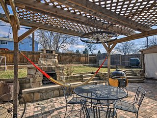 Old Colorado City Home w/ Fire Pit & Porch!