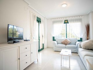 Modern 2 bed apartment on Campoamor Golf Resort