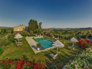 Villa Iano - Luxury villa with swimming pool and fitness room near Montaione