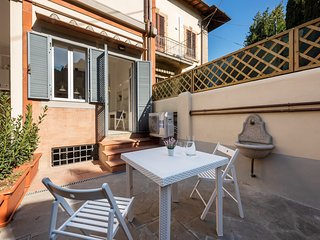 Papavero - cozy one bedroom flat, on 2 levels, nice garden