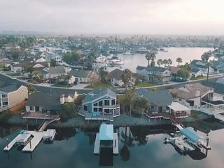 Luxury&Modern Waterfront Home, Private Dock in DB