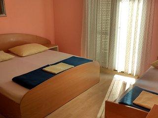 One bedroom apartment Tučepi (Makarska) (A-16830-a)