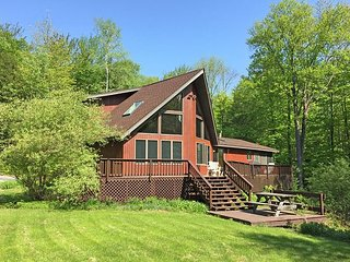 WBM10- Managed by Loon Reservation Service - NH Meals & Rooms Lic# 056365