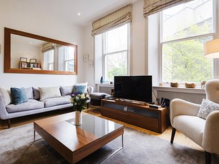 Exceptional Earls Court Home near Hyde Park