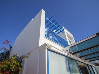 """Enjoy the Holiday while Staying in this Villa"" Protaras Villa 71"