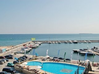 Beautiful Apartment located on a 5 Star Resort, Close to Sunny Beach - Sunny