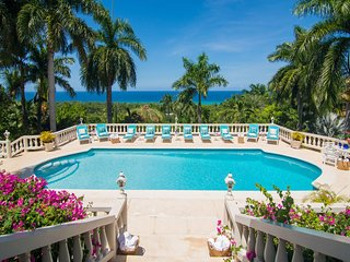 ULTIMATE GRAND LUXURY! STAFFED! POOL! Endless Summer - Montego Bay 5BR