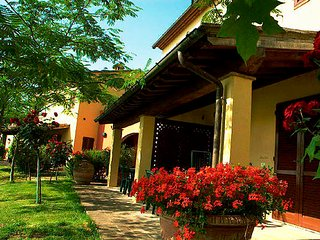2 bedroom Villa with Pool and WiFi - 5763398