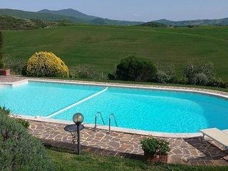 Castiglioncello del Trinoro Apartment Sleeps 22 with Pool and WiFi - 5762541