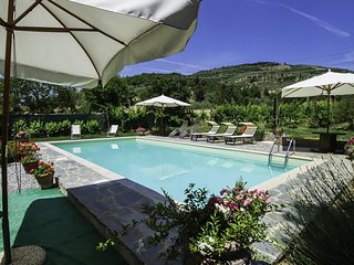 Villa Nonni, family farmhouse with private pool