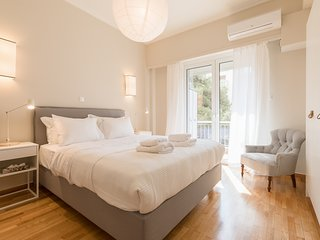 Chic Flat at Kolonaki in Heart of Athens!