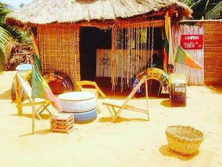 Camping reggae root chez Jahetfils face à la porte du non retour à Ouidah !