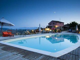 1 bedroom Villa with Pool - 5762295