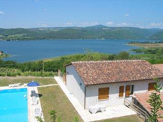 Civitella del Lago Apartment Sleeps 8 with Pool - 5763075