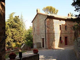 Camporsevoli Apartment Sleeps 5 with Pool and WiFi - 5765068