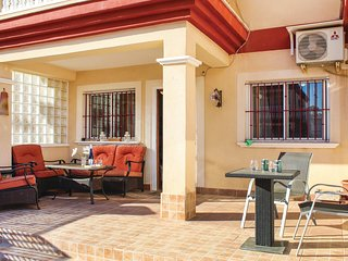 Awesome home in San Pedro del Pinatar w/ Outdoor swimming pool, WiFi and Outdoor
