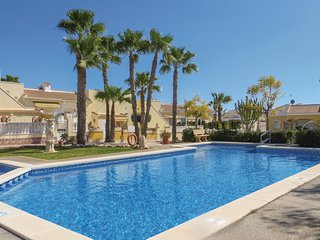 Amazing home in Quesada-Rojales w/ Outdoor swimming pool, WiFi and 2 Bedrooms