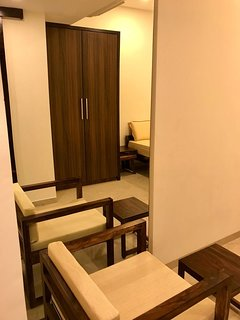 Premium 1 Bedroom Service Apartment in Bandra Khar