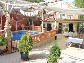 Amazing home in Totana w/ Jacuzzi, Outdoor swimming pool and 5 Bedrooms (ECC802)