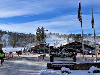 Summit Ski Shack