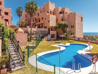 Amazing apartment in San Luis de Sabinillas w/ Outdoor swimming pool, Outdoor sw