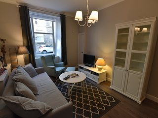 First Caledonian One-Bedroom Ground Floor Luxury Apartment