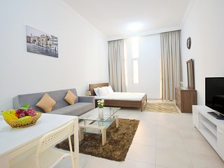 Cosy Studio Apartment in Dubai Sports City