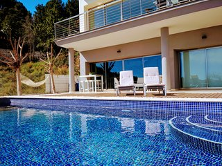 Villa Monte Corona sea view over Gandia with infinity Pool Costa Blanca