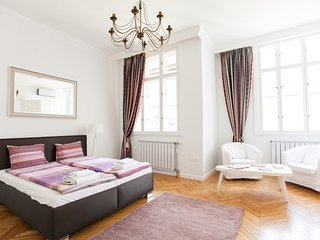 Chic and Charm Budapest Apartment
