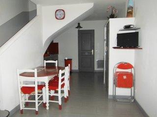 Appartement 'Les Romarins' ***, vue jardin.