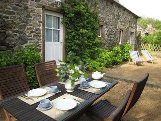 Typical Brittany house 'La Retenue de Lizandre'