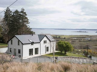 Beautiful holiday home with stunning views over Lough Mask