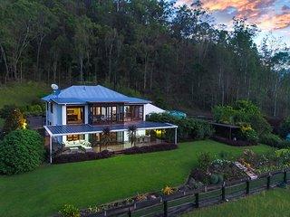 Canungra House
