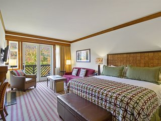 Stowe Mountain Lodge 3rd Floor Ridgeline Studio with Incredible Mansfield Views!