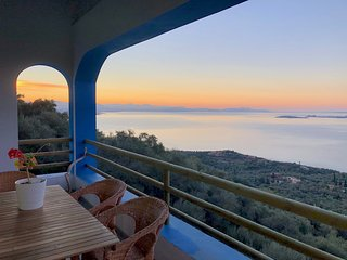 House Teigan, Spectacular Sea Views, Private and Peaceful on the Corfiot Riviera