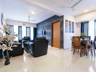 Grand Suite Near Airport