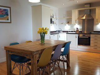 FOR THE SHORE 2 Bed apartment overlooking Fistral Beach