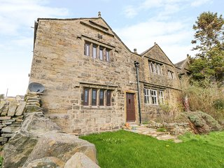 DEAN HOUSE COTTAGE, WiFi, Woodburner, En-suite, Allerton