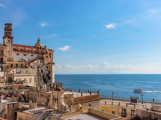 LivingAmalfi: Siren 2, sea view, wifi, AC. Short walking distance to the beach!