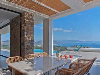 NafplioBlu - New Contemporary Infinity View Villa near Nafplio, Peloponnese