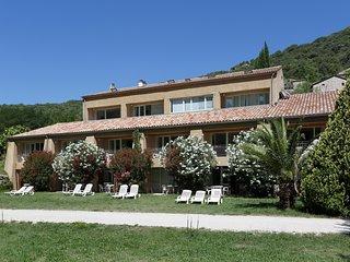 Studio Terrasse ideal pour apprecier la vue sur l'Ardeche!