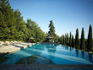 Villa San Donato - beautiful Tuscan villa with pool in Chianti