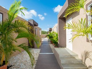 Xanthys 4 - Large Apt * best Price Close to Beach!