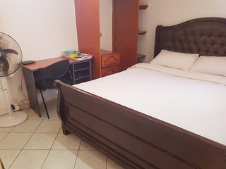 Small Private House 5 min to Jomo Kenyatta Airport