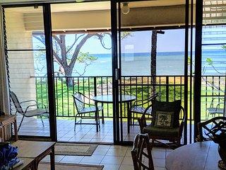 Honeymoon Beach Condo/Kihei-Incredible Views! Only Steps to the Sand!  #227 WBH
