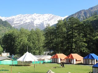 Beautiful Luxury Camp in Solang Valley Manali