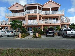 Bougainvillea Suite - 5
