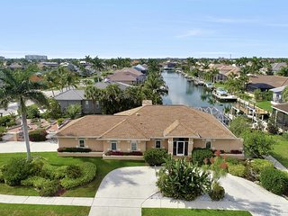 WHITEHEART AVE. 1184 MARCO ISLAND VACATION RENTAL